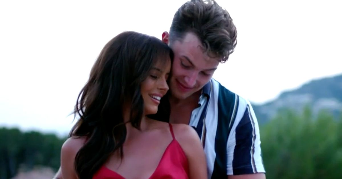 Love Island's Curtis 'is desperately acting' – and he's not alone, says expert