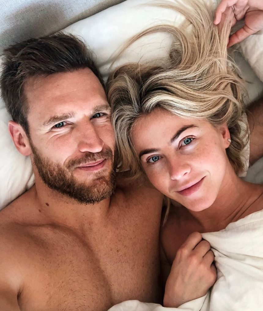 Julianne Hough Opens Up About How A Sex Therapist 'Saved' Her Marriage!