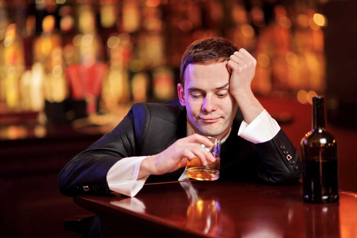 I'm anxious as I have no recollection of date with a girl due to booze – The Sun