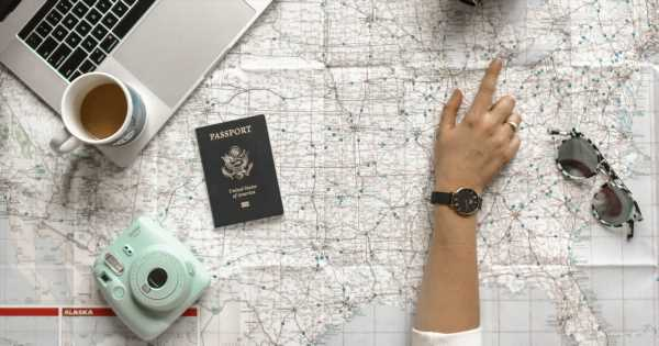 13 Awkward and Amazing Stages of Traveling Alone For the First Time