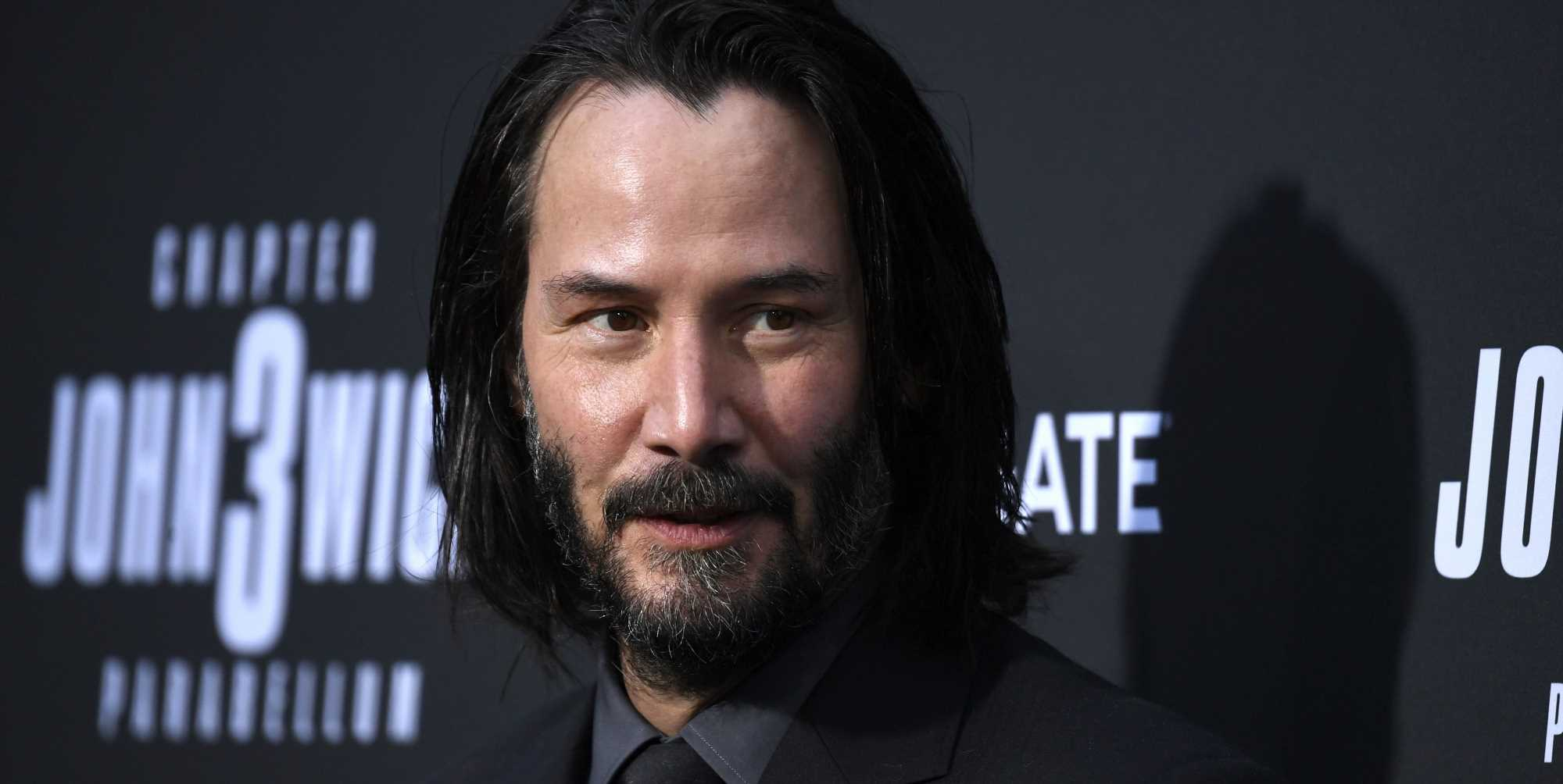 Keanu Reeves Once 'Rescued' a Lost Fan, Because He Is Keanu Reeves