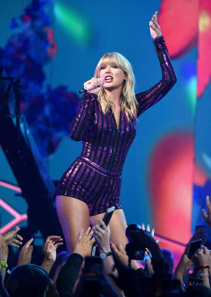 Taylor Swift Performs in NYC at First Public Appearance Since Scooter Braun and Big Machine Feud