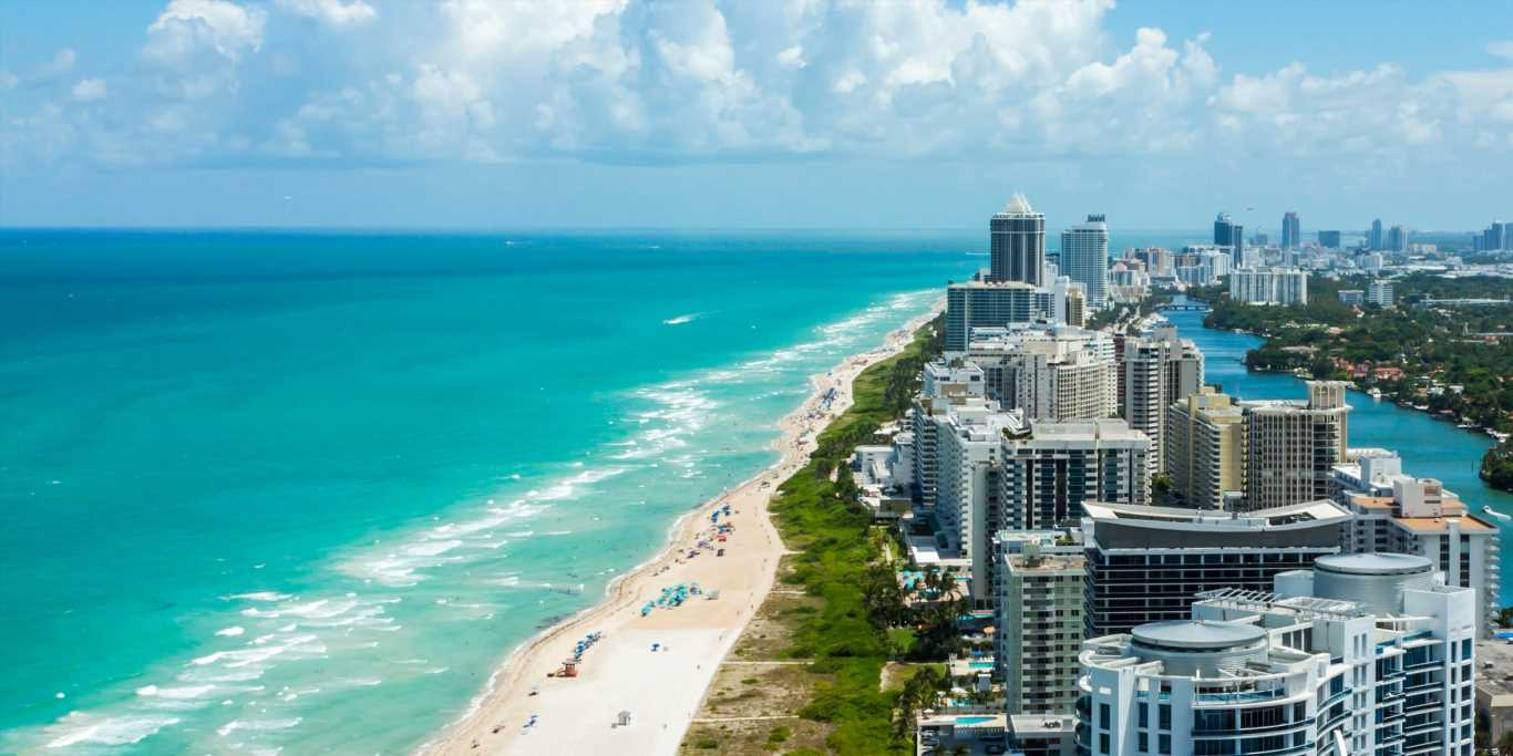 Wealthy New Yorkers and Californians might be fleeing to Miami to find lower taxes — but there still aren't enough buyers to fill up Miami's condo glut