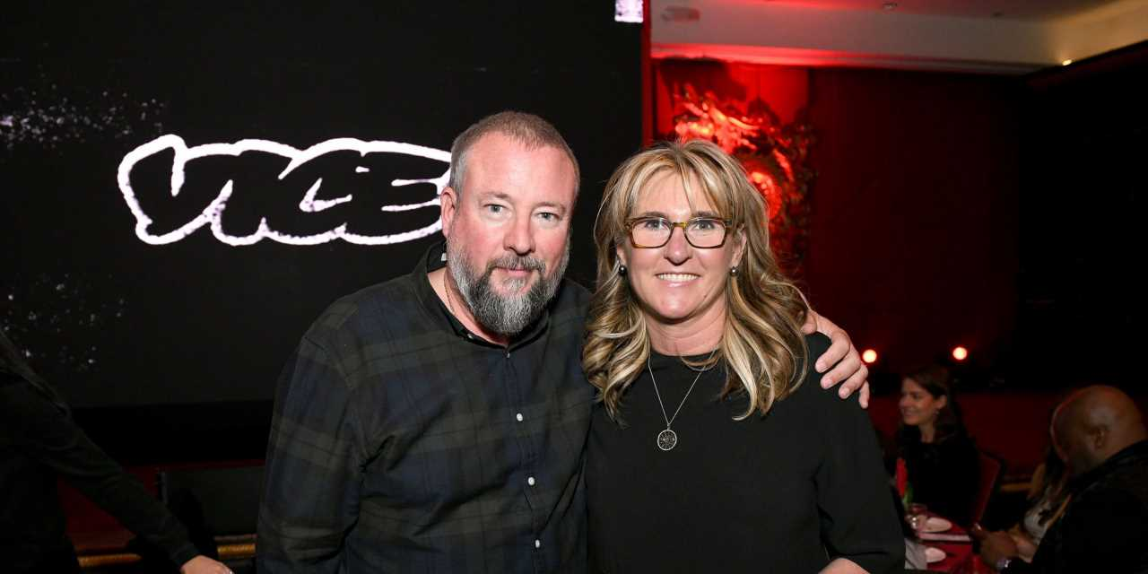 Refinery29 is in talks to combine with Vice Media. Sources say its finances are so tight it needs to do a deal soon.