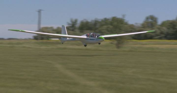 Winnipeg Gliding Club celebrates 60 years with open house