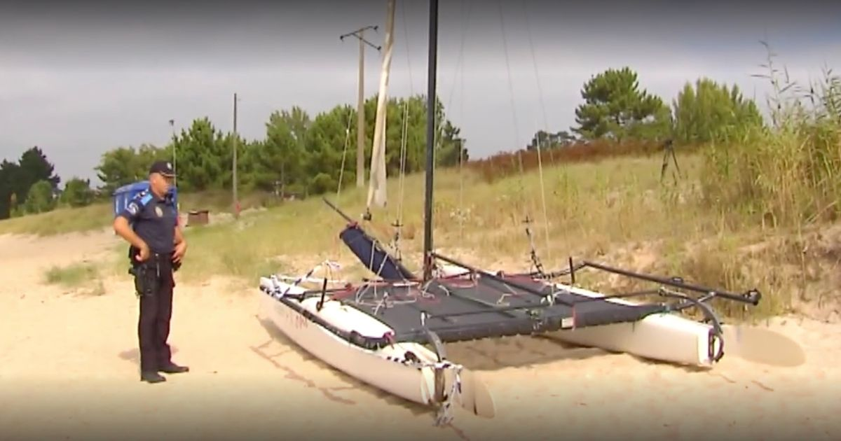 Family of five electrocuted after catamaran mast hit electricity line on holiday