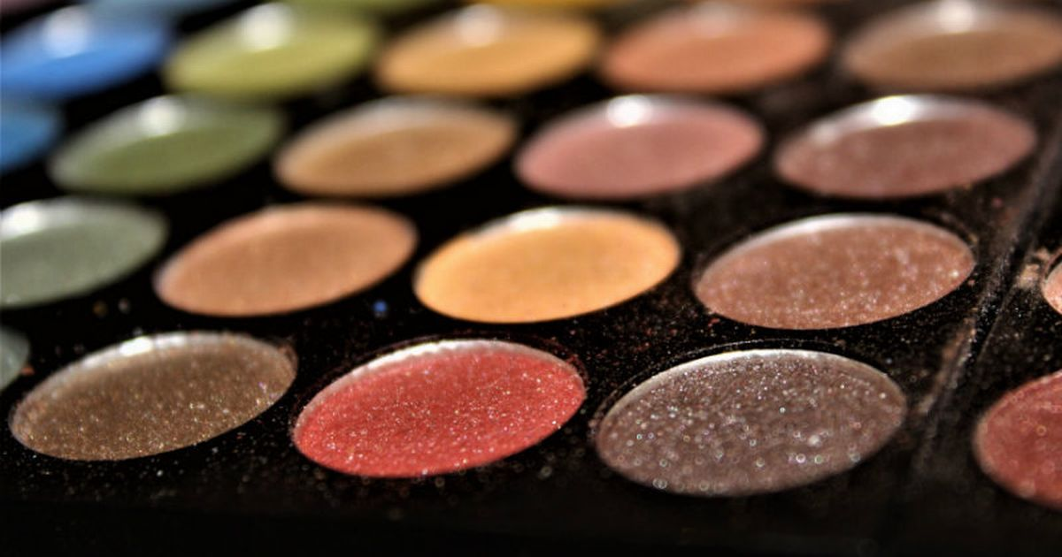 Best eyeshadow primers to make sure your eye make up stays in place
