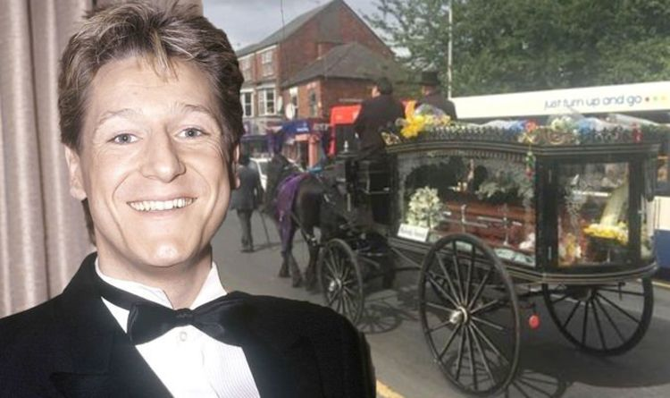 Joe Longthorne funeral: Fans pay tribute in emotional send-off to star who died aged 64