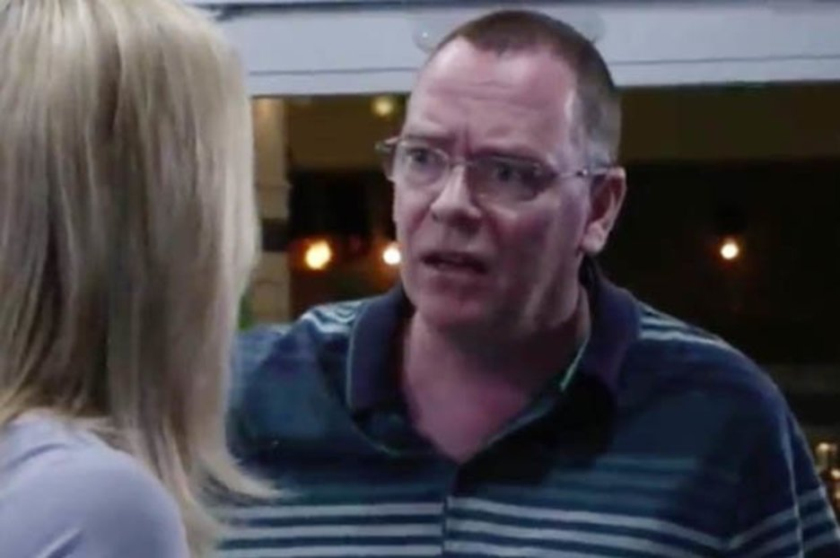 EastEnders viewers slam writers over Ian Beale's Muslim comments