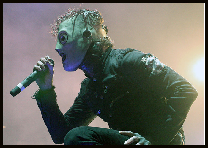 Slipknot's Corey Taylor Giving 'Serious Thought' To Solo Album In 2021
