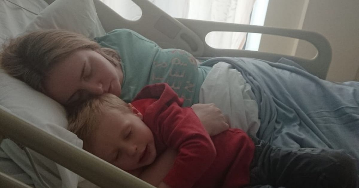Mum's hot and cold flushes days after giving birth were really big red flag