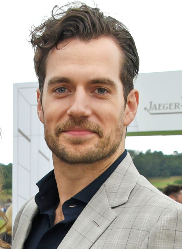 'Supergirl' Film: Will Henry Cavill Reprise Role or Be Replaced as Superman?