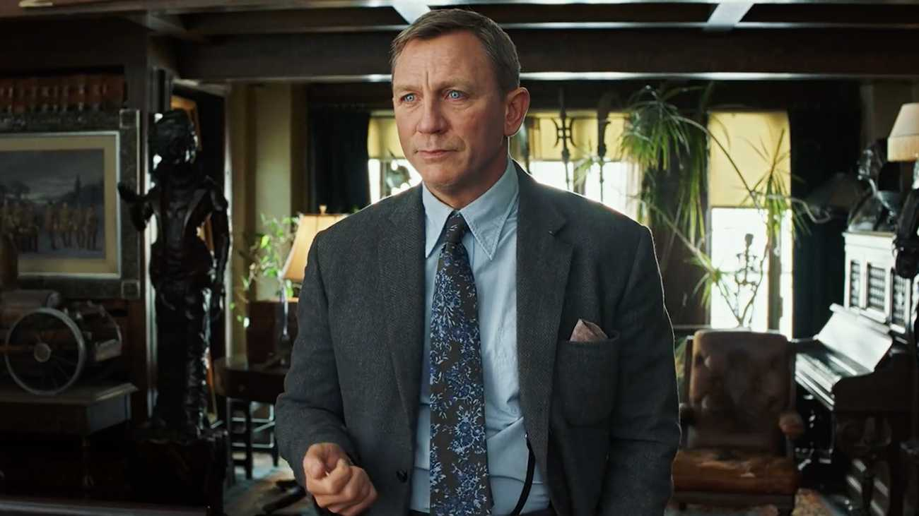 Rian Johnson May Make Another Murder Mystery with Daniel Craig, Still Working on 'Star Wars'