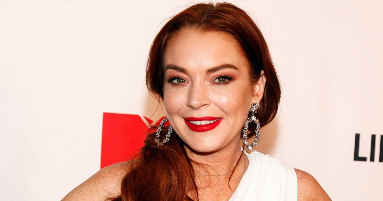 Lindsay Lohan Sings About Social Anxiety in 1st Single in a Decade