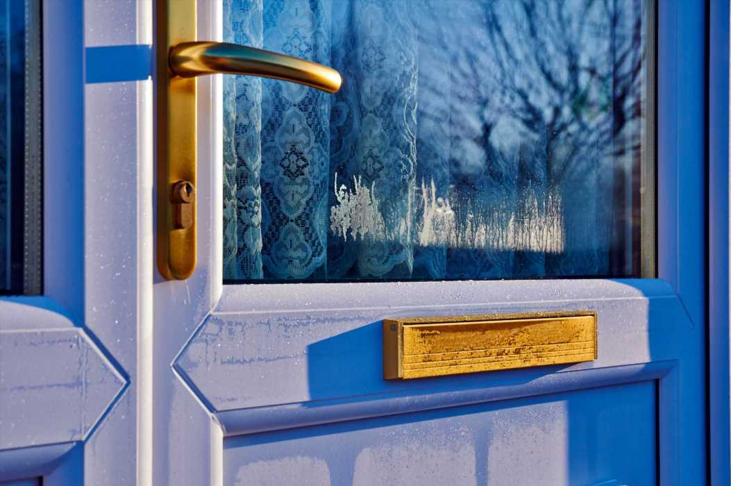 Locksmiths reveal top five tips for protecting your home from choosing the right lock to the problems with uPVC front doors – The Sun