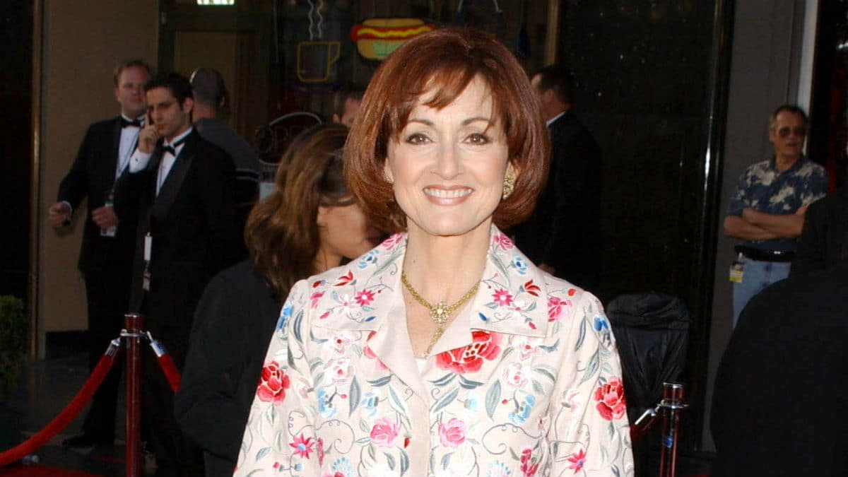 Who plays Vivian Alamain on Days of our Lives?