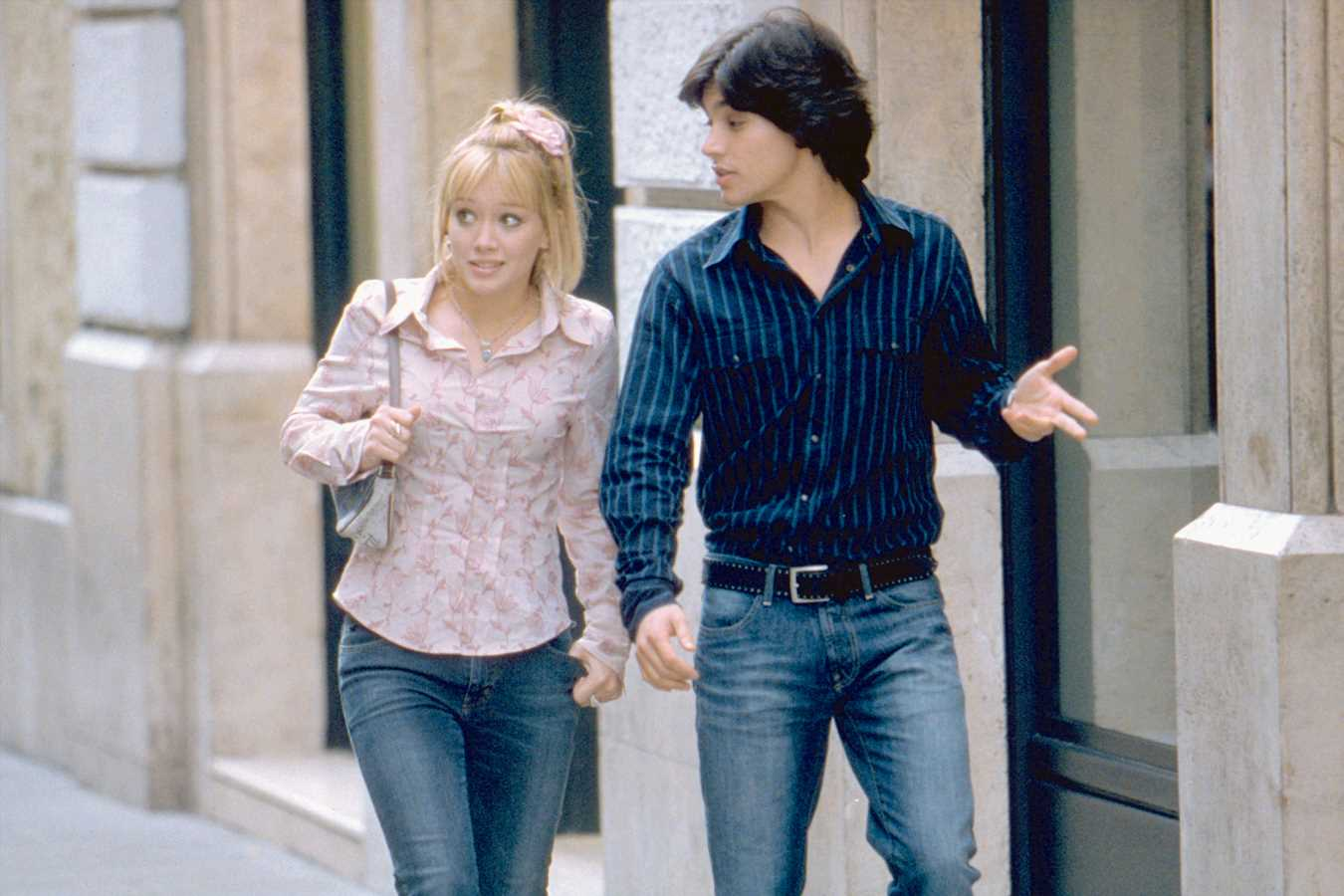 Hilary Duff Says Lizzie McGuire Isn't Engaged to Gordo in Disney+ Reboot — But Don't Count Him Out