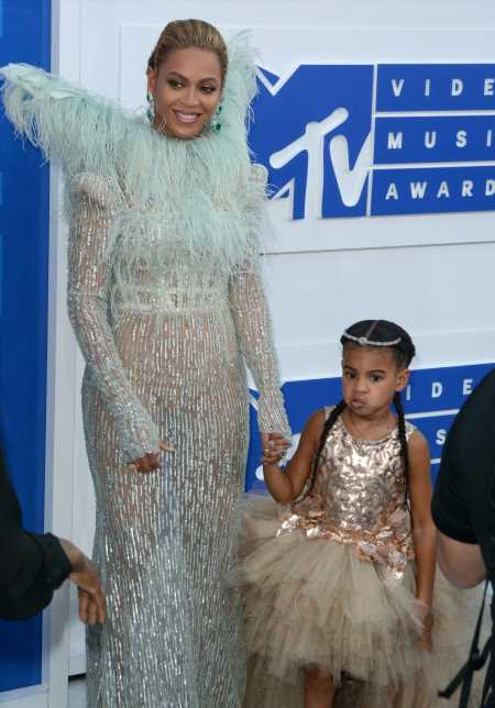 Beyonce declares that Blue Ivy Carter is a 'cultural icon': agree or disagree?
