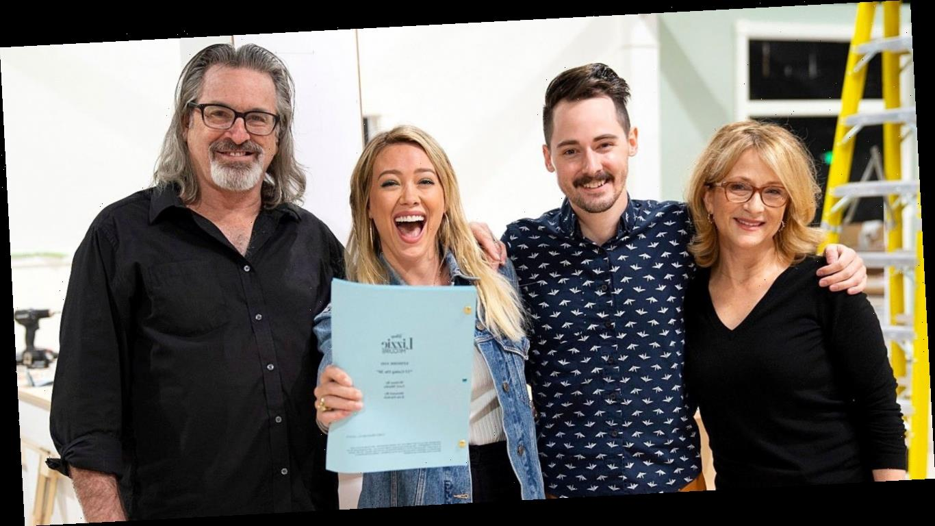 See the First Photo of the 'Lizzie McGuire' Cast Back Together for Revival