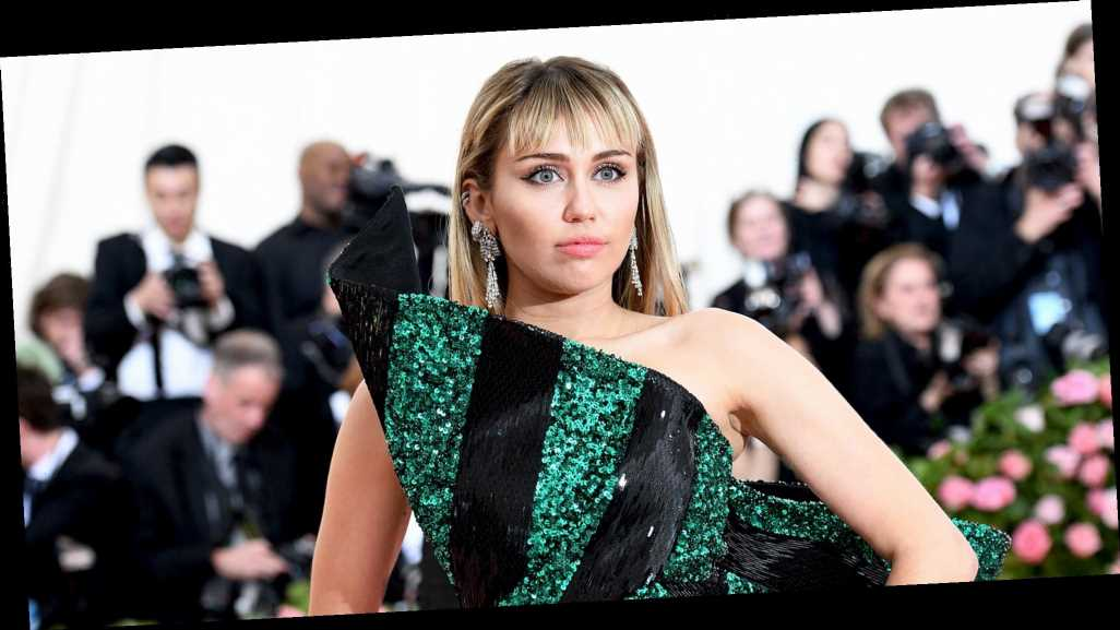 Miley Cyrus Clarifies Sexuality Comments After Backlash
