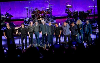The Doobie Brothers Unite With Michael McDonald for 50th Anniversary Tour