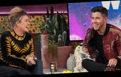 Nick Jonas Says He Owes 20% To Kelly Clarkson – Find Out Why Here!