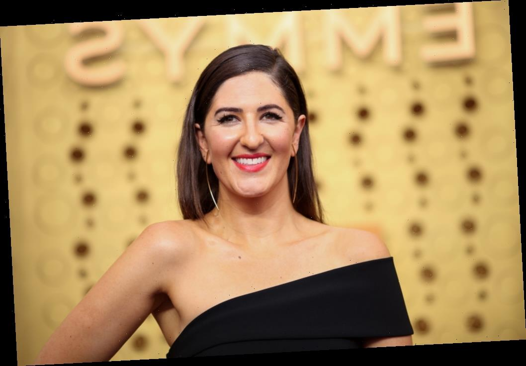 D'Arcy Carden In Negotiations To Star In Amazon's 'A League Of Their Own', Gbemisola Ikumelo Also In Talks