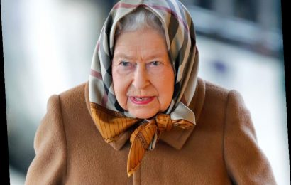The 1 Thing Queen Elizabeth Refuses to Do While Traveling