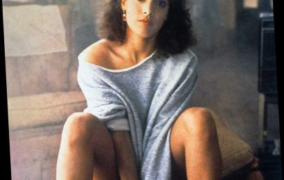 The secret of Flashdance scene where Jennifer Beals takes off her bra
