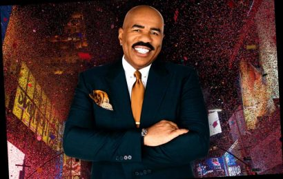 Steve Harvey reveals what it's really like to host New Year's Eve: 'It's a rough gig'