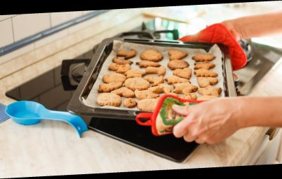 How to avoid getting lumbered with all the domestic labour this Christmas