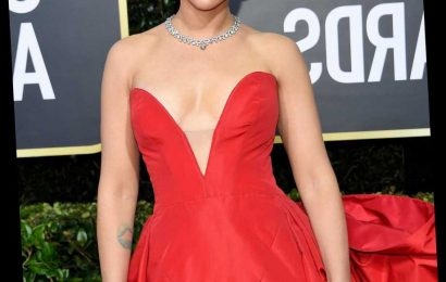 Scarlett Johansson Puts Golden Globes Red Carpet To Shame With Scarlet Gown