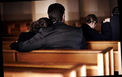 The Rudest Things You Can Do At A Funeral