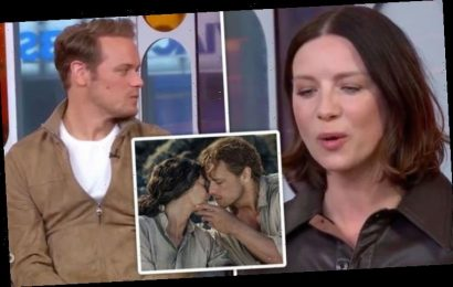 Caitriona Balfe struggles as she's probed on 'awkward' Sam Heughan Outlander love scenes