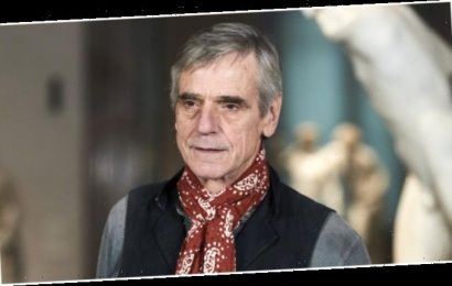 Jeremy Irons: Prior Same-Sex Marriage, Abortion Comments Shouldn't 'Continue as Distraction to Berlinale'