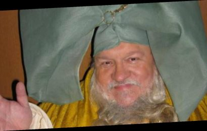 Game of Thrones' George RR Martin unearths long lost cameo from HBO pilot episode – The Sun