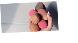 Mrs Hinch reveals amazing hack using a SOCK to clean beauty sponges – we try it