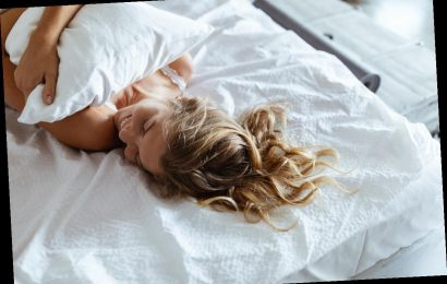 Why It's So Hard To Wake Up In The Morning, According To A Psychotherapist