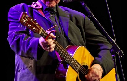 Country singer John Prine dead at 73 after battle with coronavirus – The Sun