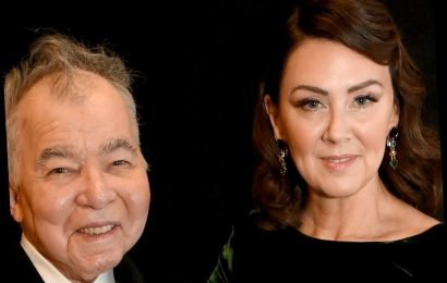 Who is John Prine's wife Fiona and who are their children? – The Sun