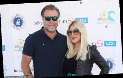 Dean McDermott Left Fuming After Tori Spelling Gets Dragged for Charging Virtual Meet and Greet