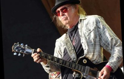Neil Young Plans to Beat the Bootleggers With His Own Series