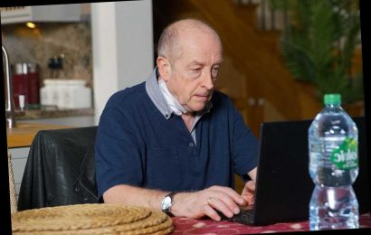 Coronation Street spoilers: Geoff Metcalfe caught deleting footage from his secret camera