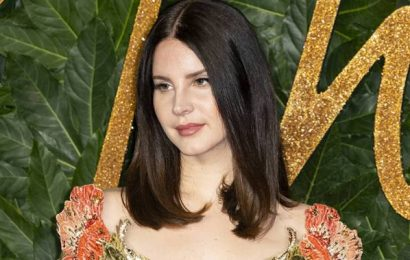 Lana Del Rey lashes out at critics in lengthy rant, says she doesn't 'glamourize abuse'
