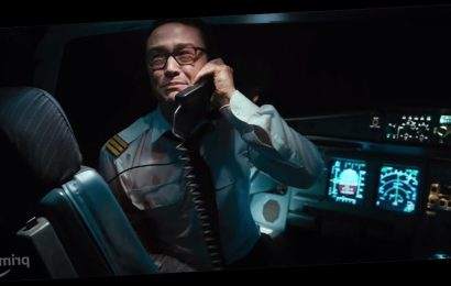 Joseph Gordon-Levitt Plays a Pilot Fighting Off Hijackers in Thrilling 7500 Trailer