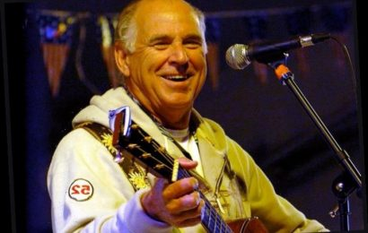 Jimmy Buffett To Make Grand Ole Opry Debut Later This Month