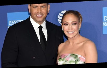"""Alex Rodriguez Tells Jennifer Lopez """"Every Moment With You Is Magical"""" in Sweet Birthday Tribute"""