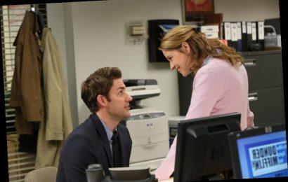 'The Office:' Jenna Fischer Bonded With This Co-Star More Than John Krasinski When the Show Began