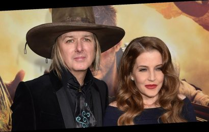Lisa Marie Presley's Ex Michael Lookwood Fears She May 'Relapse' After Death of Her Son