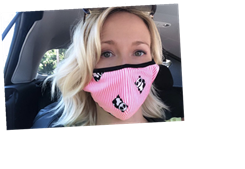'Pitch Perfect' Star Anna Camp Reveals That She Contracted Coronavirus A Month Ago And Is Still Recovering